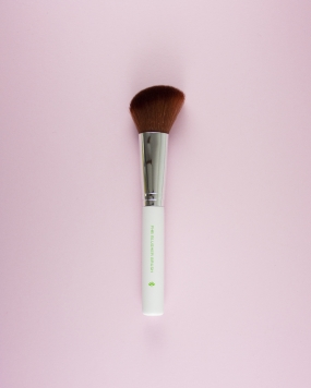 PHB_Blusher_brush